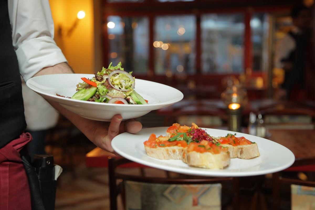 Φαγητό έξω- Κάντε υγιεινές επιλογές